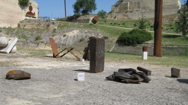 Le opere di Giuseppe Spagnulo al Parco Scultura della Palomba
