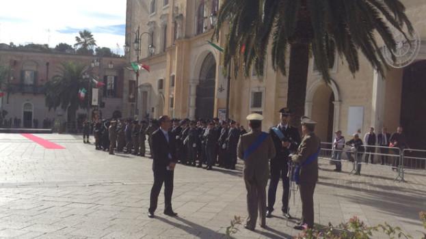 Il saluto alle Forze Armate del sindaco di Matera Salvatore adduce