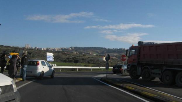 Riaperta la strada provinciale Accettura-Gallipoli Cognato