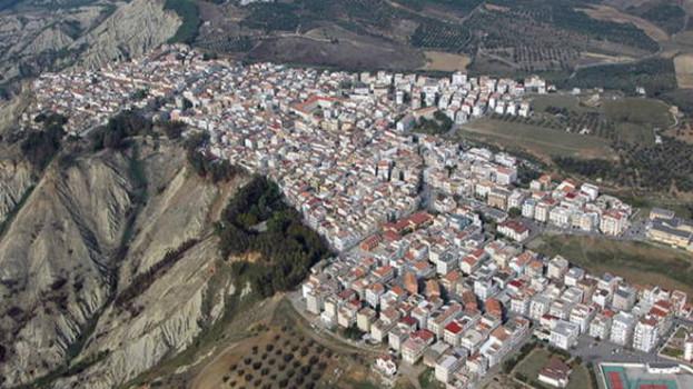 Montalbano: stanziati i fondi per il rifacimento delle strade rurali ed il consolidamento del centro urbano