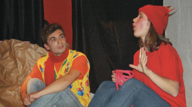 """""""Tutti siamo stati bambini"""", notti di Teatro al Centro Tilt a Marconia"""