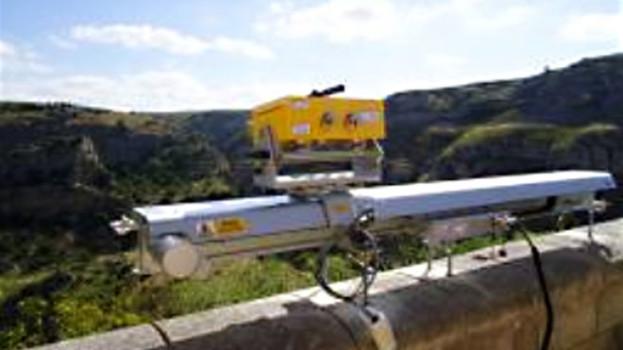 Innovativo radar inteferometrico per monitorare i versanti e le chiese rupestri di Matera