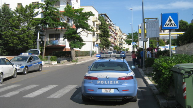 Matera: incidente in via Lucana coinvolto un Ape Calessino