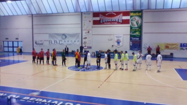 Il Bernalda Futsal si aggiudica il derby contro gli All Blacks