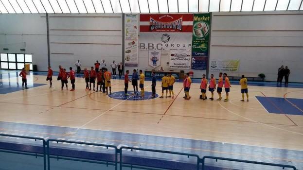 Battesimo con vittoria per il Bernalda Futsal che si impone sul Real Vietri