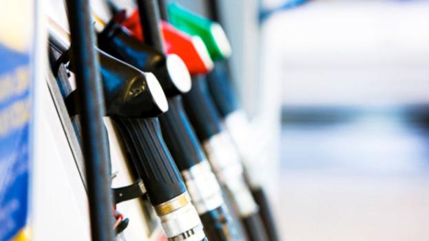 Prezzo del carburante in Basilicata: il gioco delle tre carte