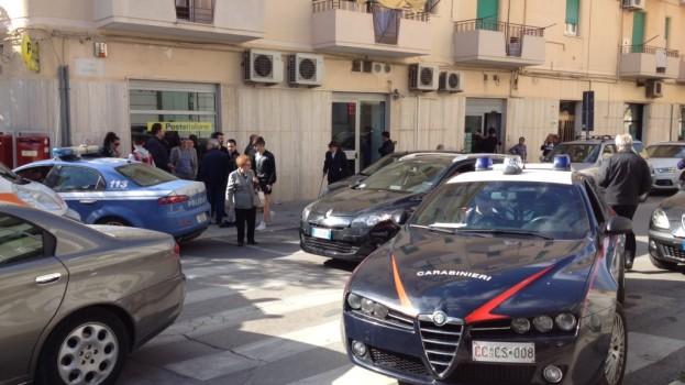 Rapina alle Poste di Matera via Liguria. Colluttazione e fuga col bottino