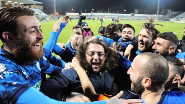 Matera – Taranto 2-0, il primo posto sotto l'albero. Le pagelle di Tommaso Taccardi