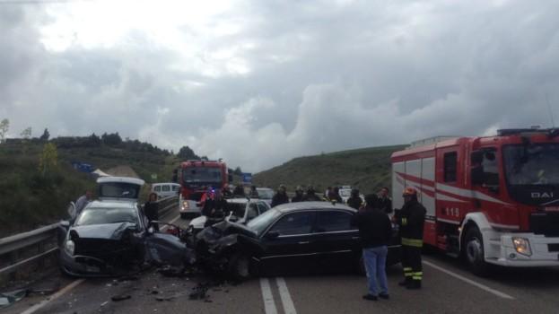 Grave incidente sulla strada statale 7 nei pressi di Matera