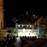 Grande successo per La Divina Commediola di Giobbe Covatta nell'ambito del cartellone Le Città di Pietra