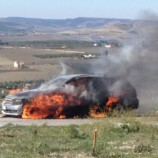 Auto in fiamme nei pressi del Paip 2 a Matera