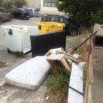 Rifiuti in via Taranto